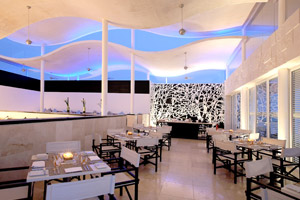 Aguamarina Restaurant at Blue Diamond Luxury Boutique Hotel